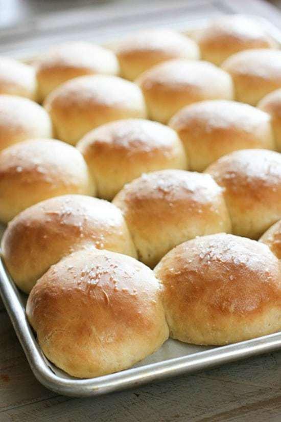 easy-dinner-rolls-fg