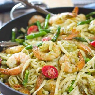 Shrimp Pesto Pasta with Asparagus