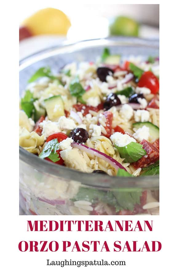 This beautiful Mediterranean Orzo Salad is stuffed with veggies and comes together in less than 20 minutes. It's fast, fresh and easy to prepare. #greekpastasalad #pastasalad #greeksalad #easypastasalad #orzo #greek #meditteranean