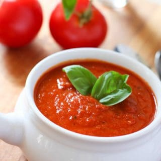 Skinny Tomato and Roasted Red Pepper Soup!