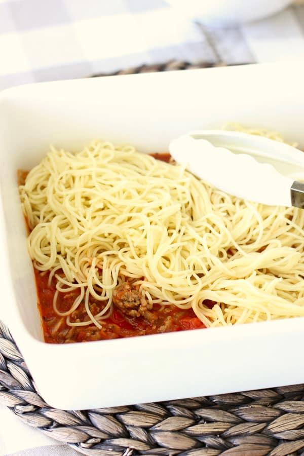 layering baked spaghetti casserole