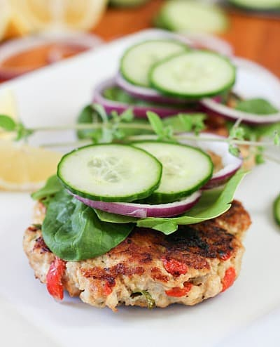 greek burgers with fresh cucumber and onion