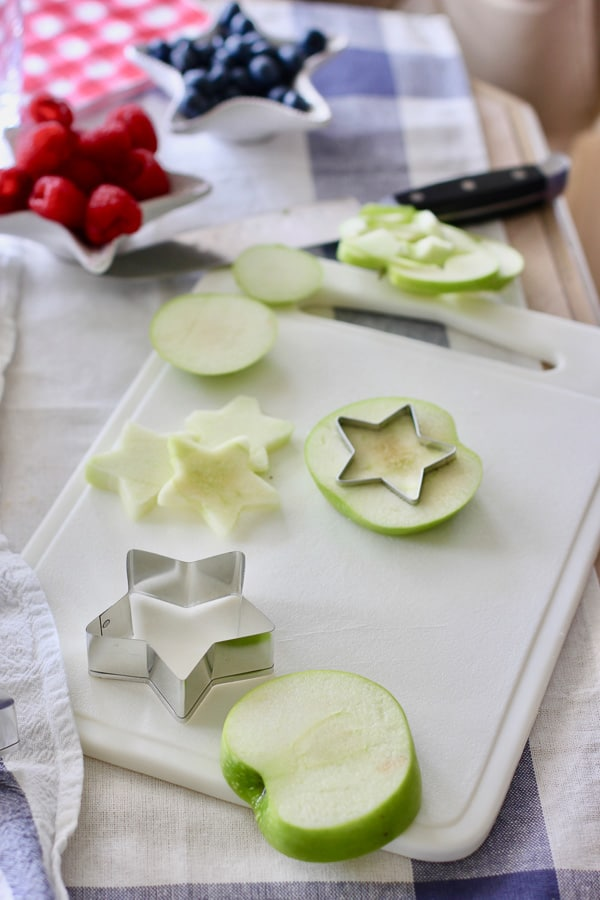 how to cut apples into stars