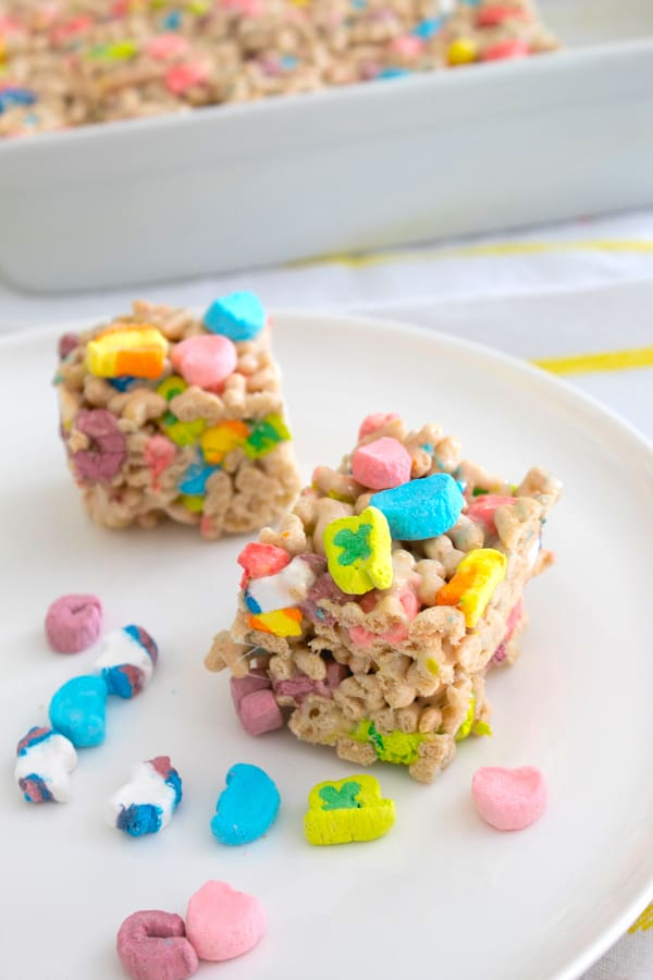 Lucky Charms Cereal Bars | Laughing Spatula