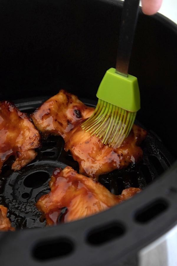 basting chicken in air fryer