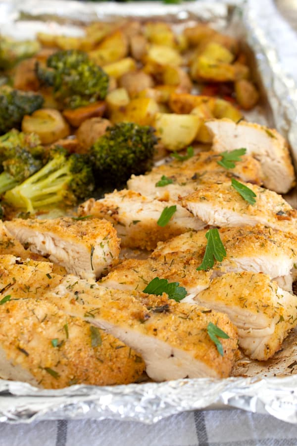 sheet pan with chicken potatoes and broccoli